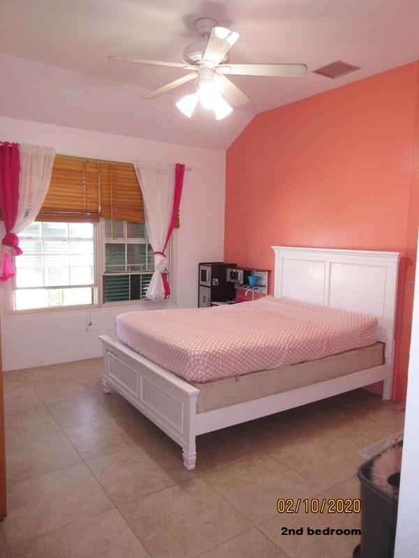 SOU041 2nd bedroom