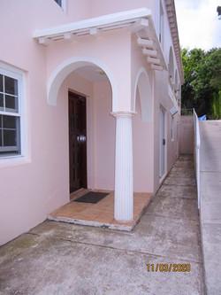 SAN024 exterior entry