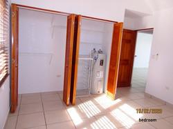 SMI020 bedroom closet