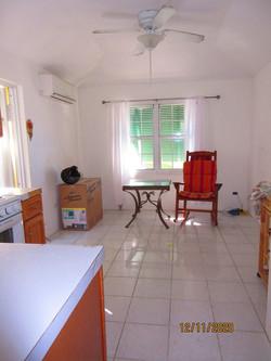 WAR111 kitchen living area (4)