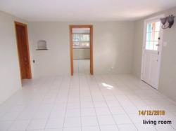 PEM014 living room (4)