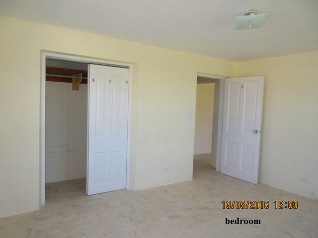 WAR107 bedroom (2)