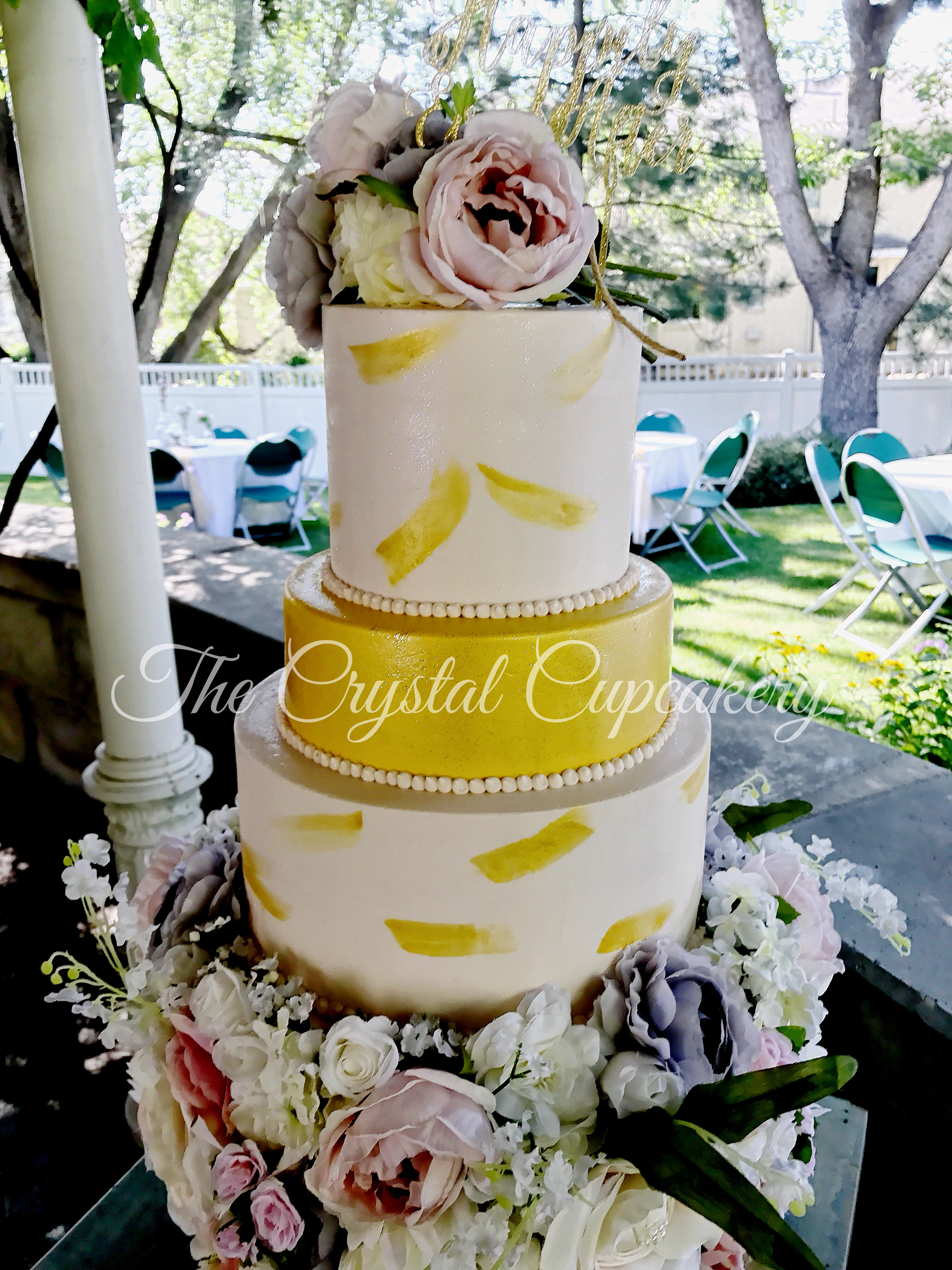 Gold & Floral Wedding