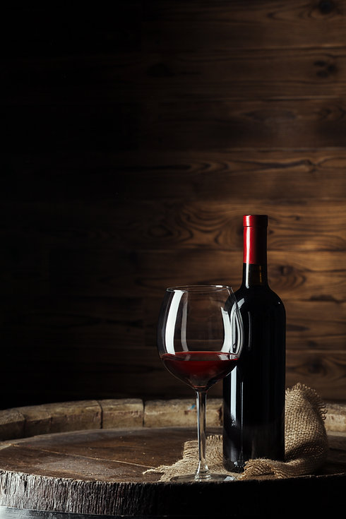 bottle-glass-red-wine-wooden-barrel-shot