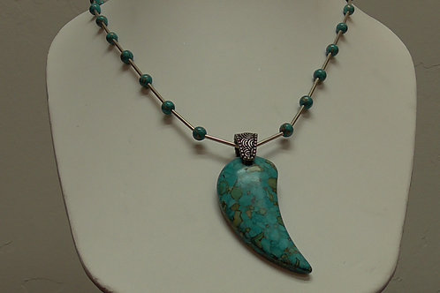Necklace with Advenurine