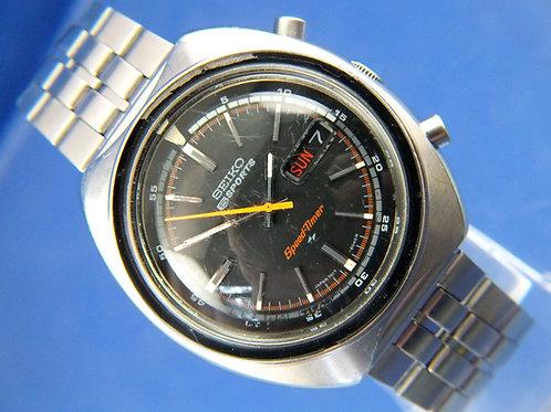 Seiko 5 Sport Speed-Timer Chronograph Automatic Watch . 7017-6040 . Circa 1971