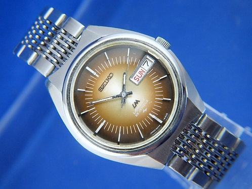 Seiko Lord Matic LM Automatic Watch . Model 5206-6110 . Circa 1973 . Good UsedGo
