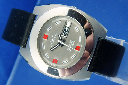 Limit Automatic Gents Watch . Circa 1970S - NOS -25 jewel AS 2066