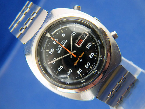 Seiko 5 Sport Speed-Timer Chronograph Automatic Watch . 7017-6040 . Circa 1971