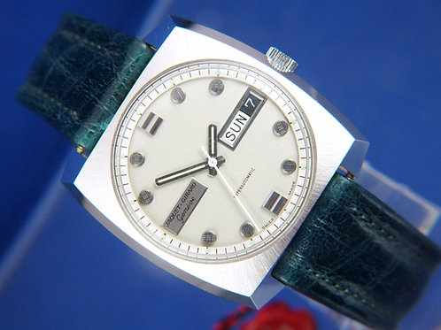 Jaquet Girard Geneve SuperAutomatic Watch . Circa 1970s . 25 Jewel Cal AS 1916
