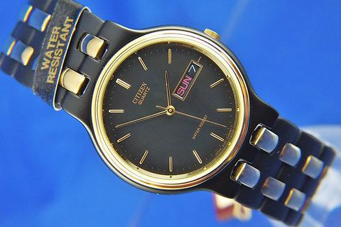 Citizen Retro quartz Bracelet Watch , Circa 1980s . New Old Stock .