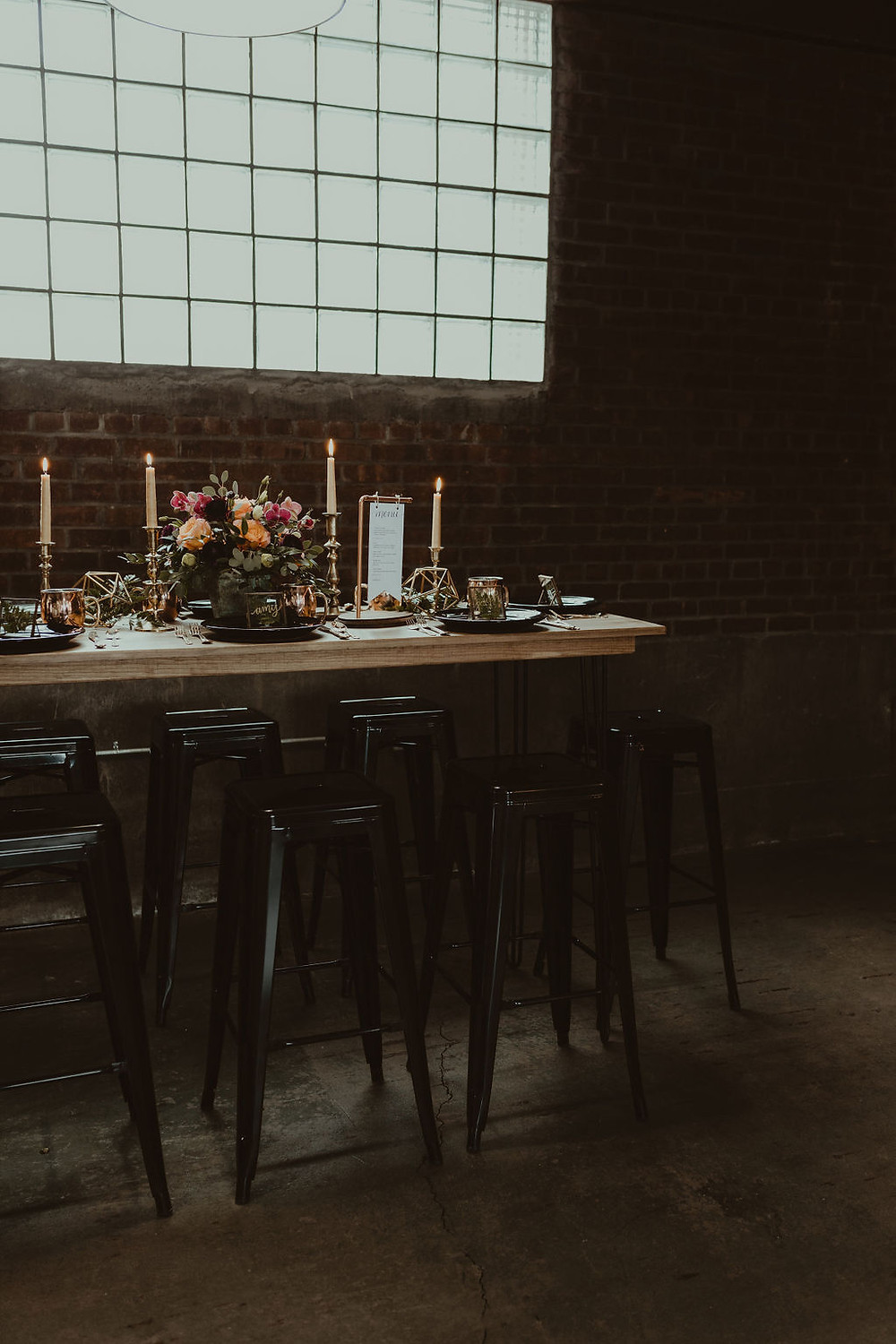 Industrial Wedding Table Decor Inspiration: Industrial & Copper Styled Wedding Shoot at Smith's Market featured on Pretty Little Vintage Co.