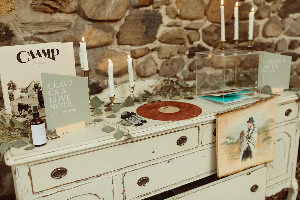 Antique Wedding Welcome Table | Pretty Little Vintage Co.