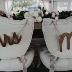 Gold Mr & Mrs Signs