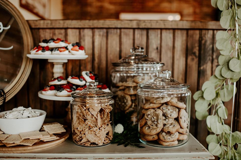 Pretty Little Vintage Co. cookie jars: Modern Greenery Baby Shower at Maggie's on the River featured on Pretty Little Vintage Co.