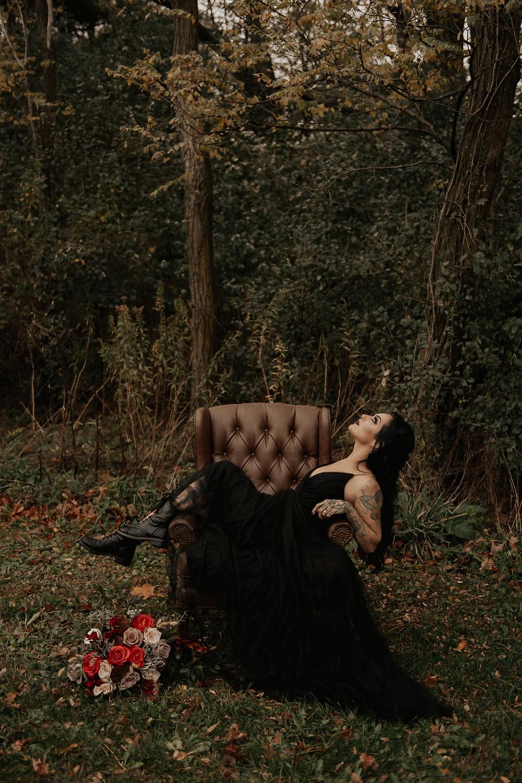 Gothic bridal look: Dark & Romantic Wedding Inspiration featured on Pretty Little Vintage Co.