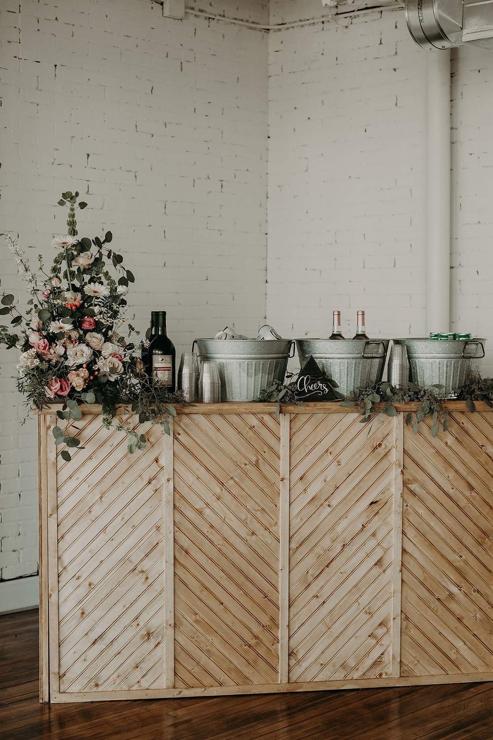 Small wedding bar ideas: Summer Small Wedding at The Lincoln Loft by Pretty Little Vintage Co.