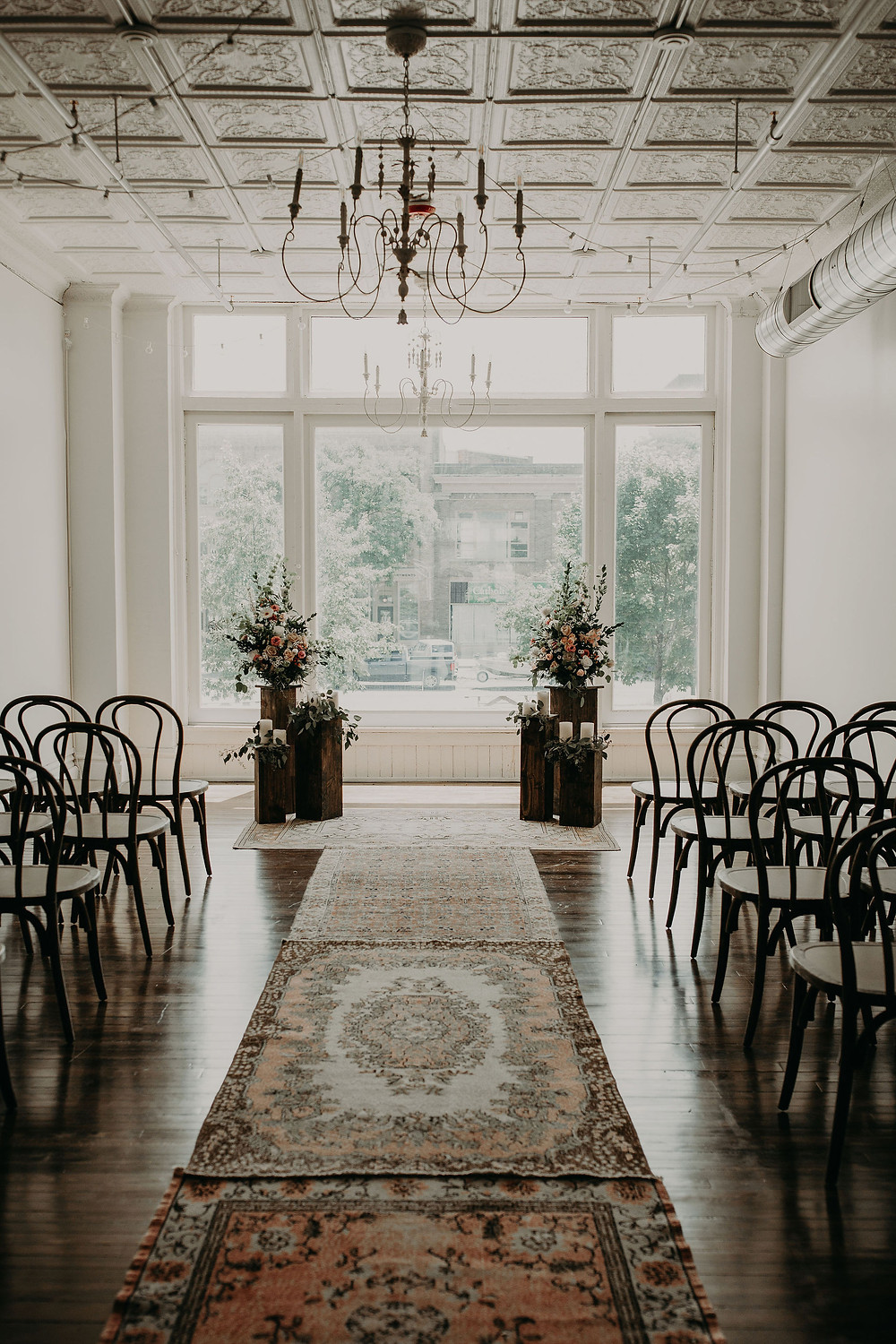 Wedding ceremony decor: Summer Small Wedding at The Lincoln Loft
