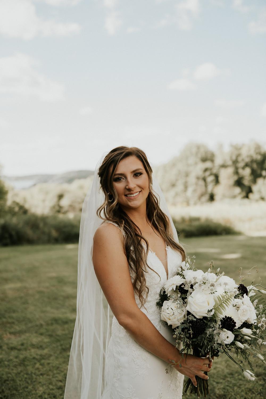 Bridal portrait by Kimberly Schuldt Photography