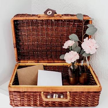 Vintage Picnic Basket Card Box