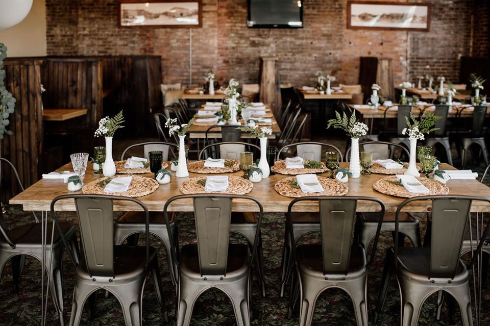 Bridal shower tablescape: Modern Greenery Baby Shower at Maggie's on the River featured on Pretty Little Vintage Co.