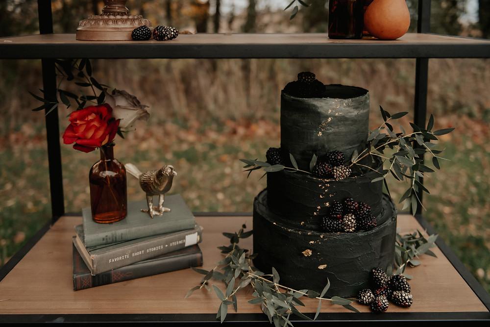 Black and gold wedding cake design: Dark & Romantic Wedding Inspiration featured on Pretty Little Vintage Co.