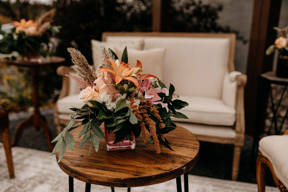 Wedding Lounge Decor: Warm & Rustic Styled Shoot at Hayloft in the Arch captured by Tracy Jade Photography featured on Pretty Little Vintage Co.