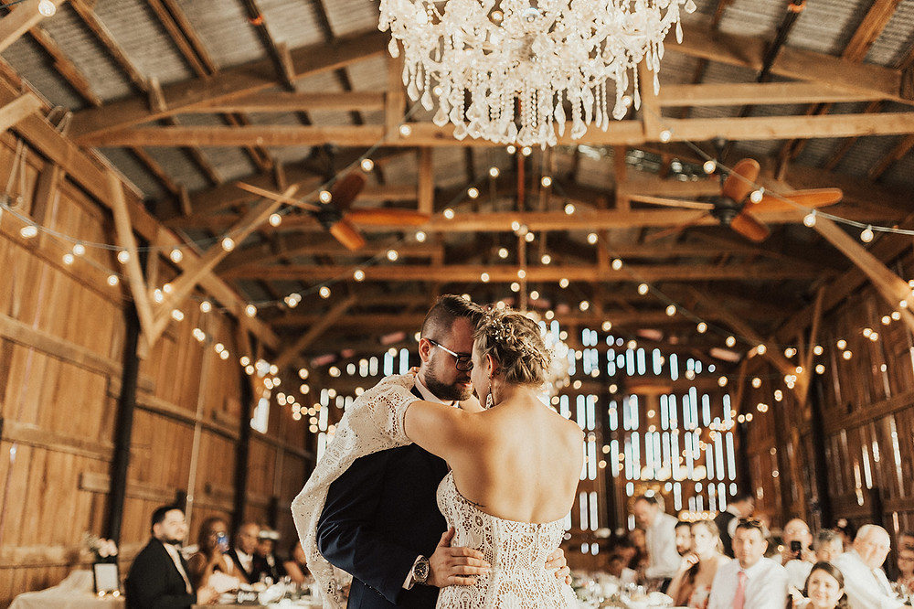 Charming Bohemian Gilbertsville Farmhouse Wedding captured by Rachel Liz Photography featured on Pretty Little Vintage Co