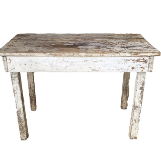 Quinnie Table