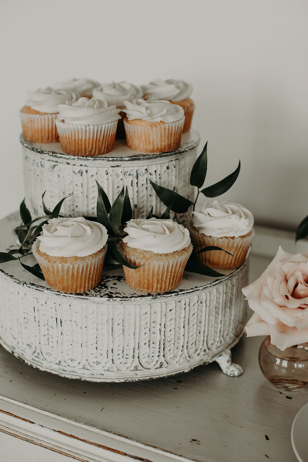 Wedding cupcake display: Summer Small Wedding at The Lincoln Loft by Pretty Little Vintage Co.