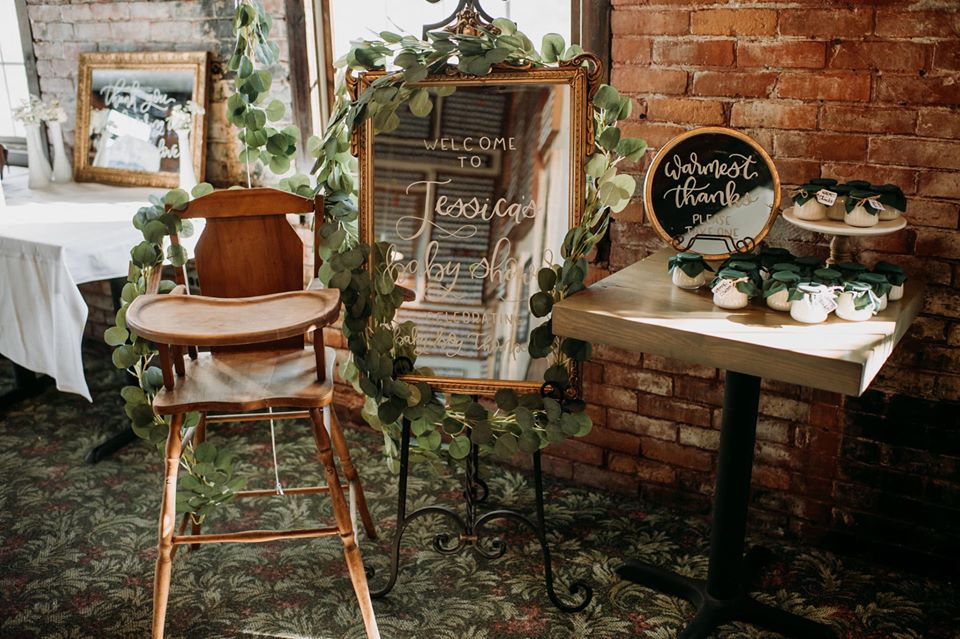 Modern Greenery Baby Shower at Maggie's on the River featured on Pretty Little Vintage Co.
