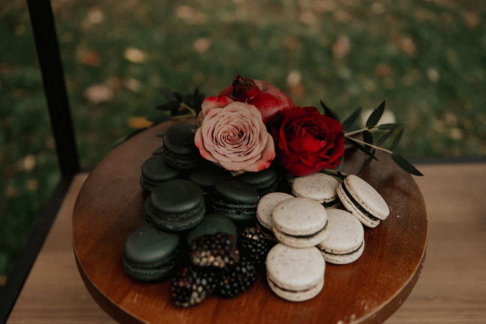Black and white macaroons: Dark & Romantic Wedding Inspiration featured on Pretty Little Vintage Co.