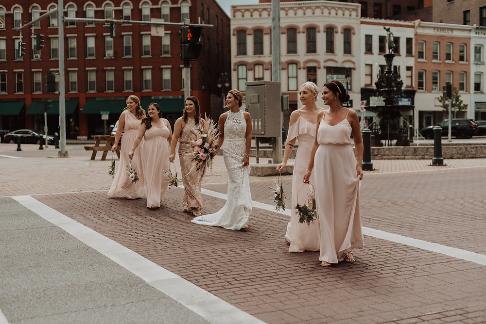 Kimberly Schuldt Photography: Modern Boho Wedding at The Lincoln Loft
