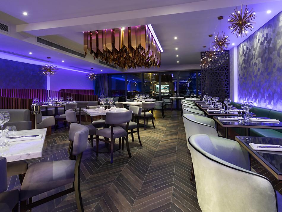 02-Restaurant.jpg