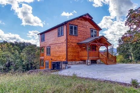 Left front side of cabin.jpg