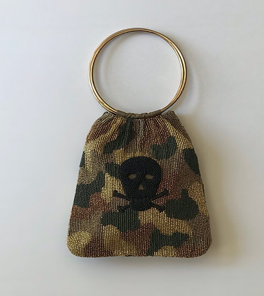 Ring Handle Camo Purse with Skull