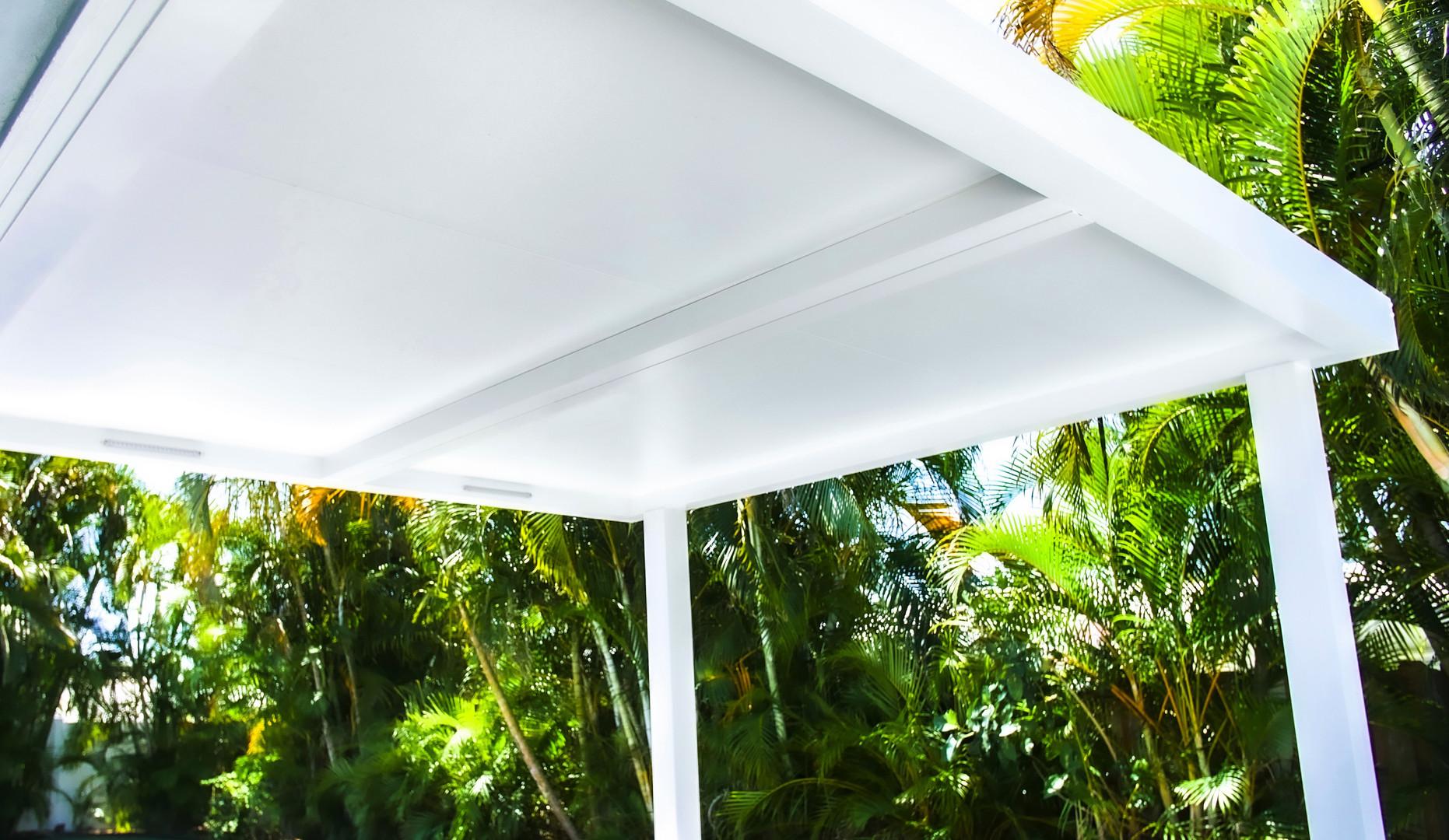 Full sun and rain protection.
