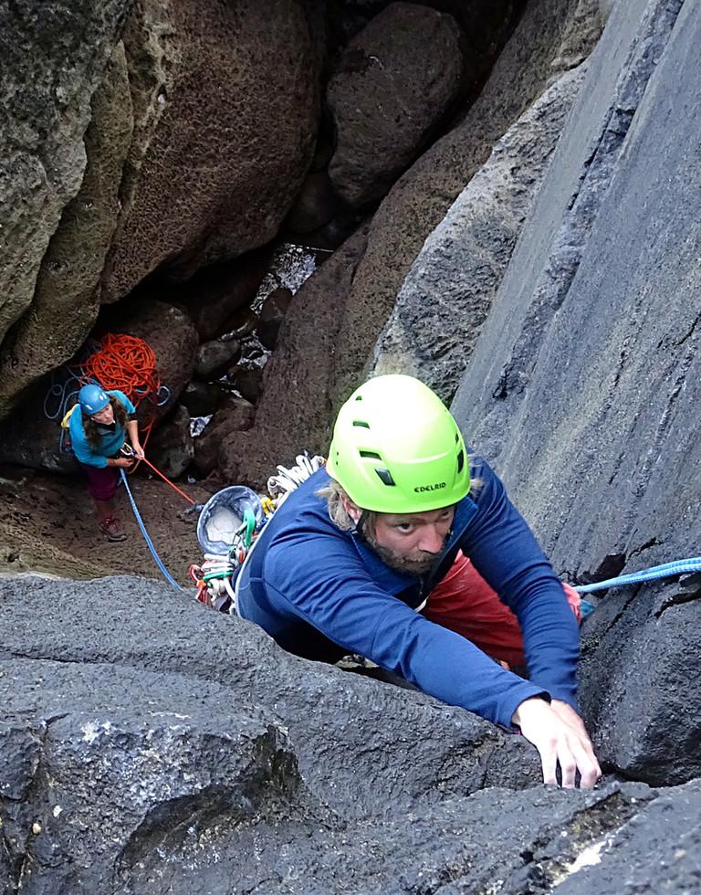 Trad climbing, Ailladie, Co. Clare