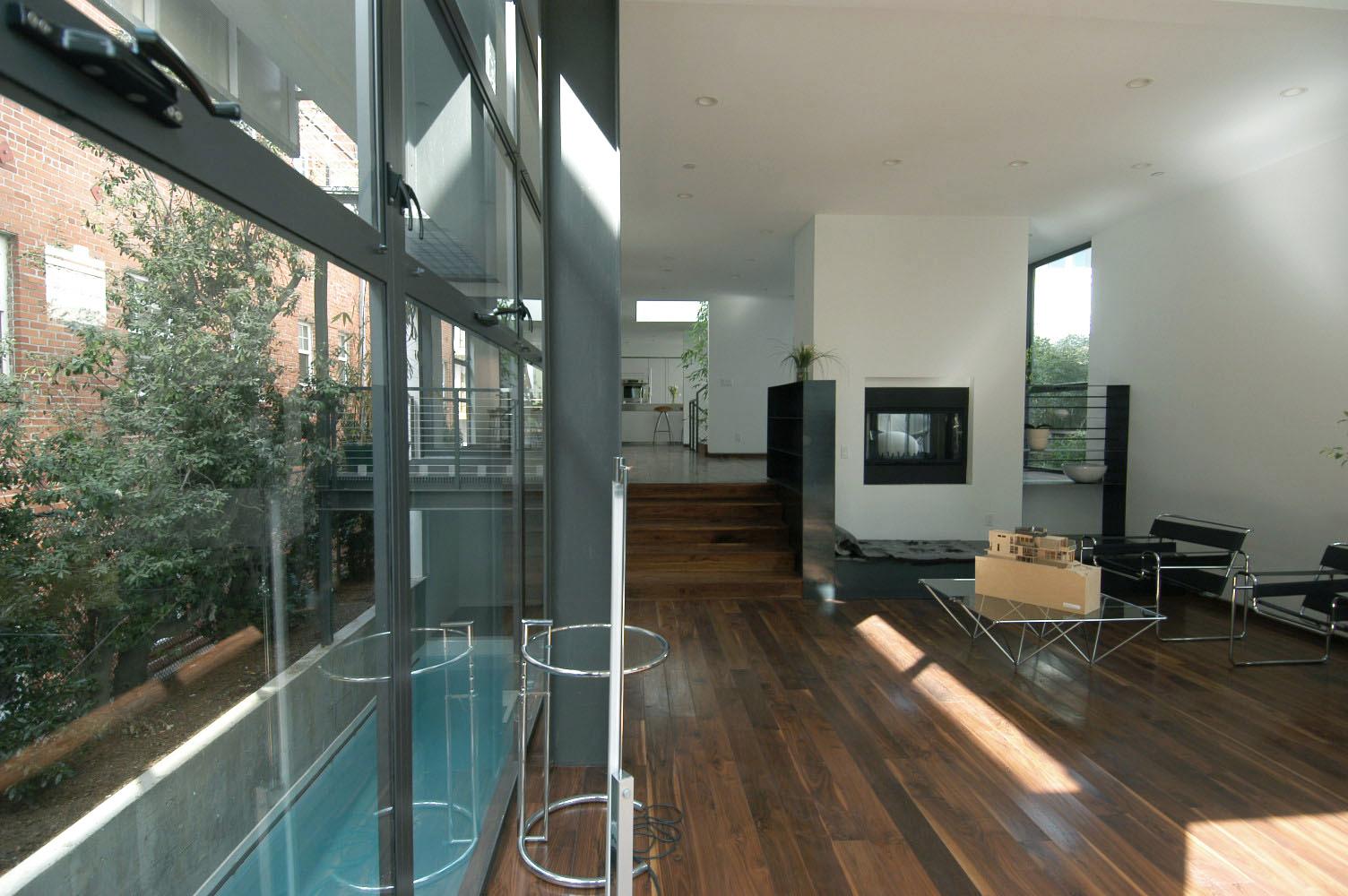 living+pool1
