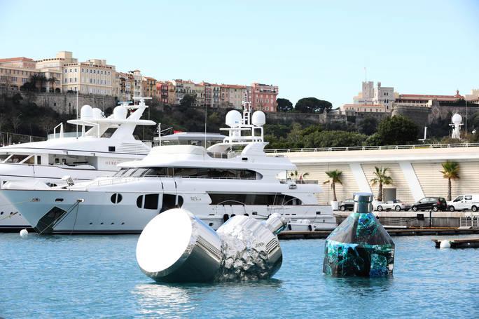 Twin Bottles: Yacht Club de Monaco Marina, Principato di Monaco
