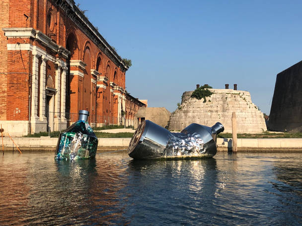 Twin Bottles: Arsenale, Venezia