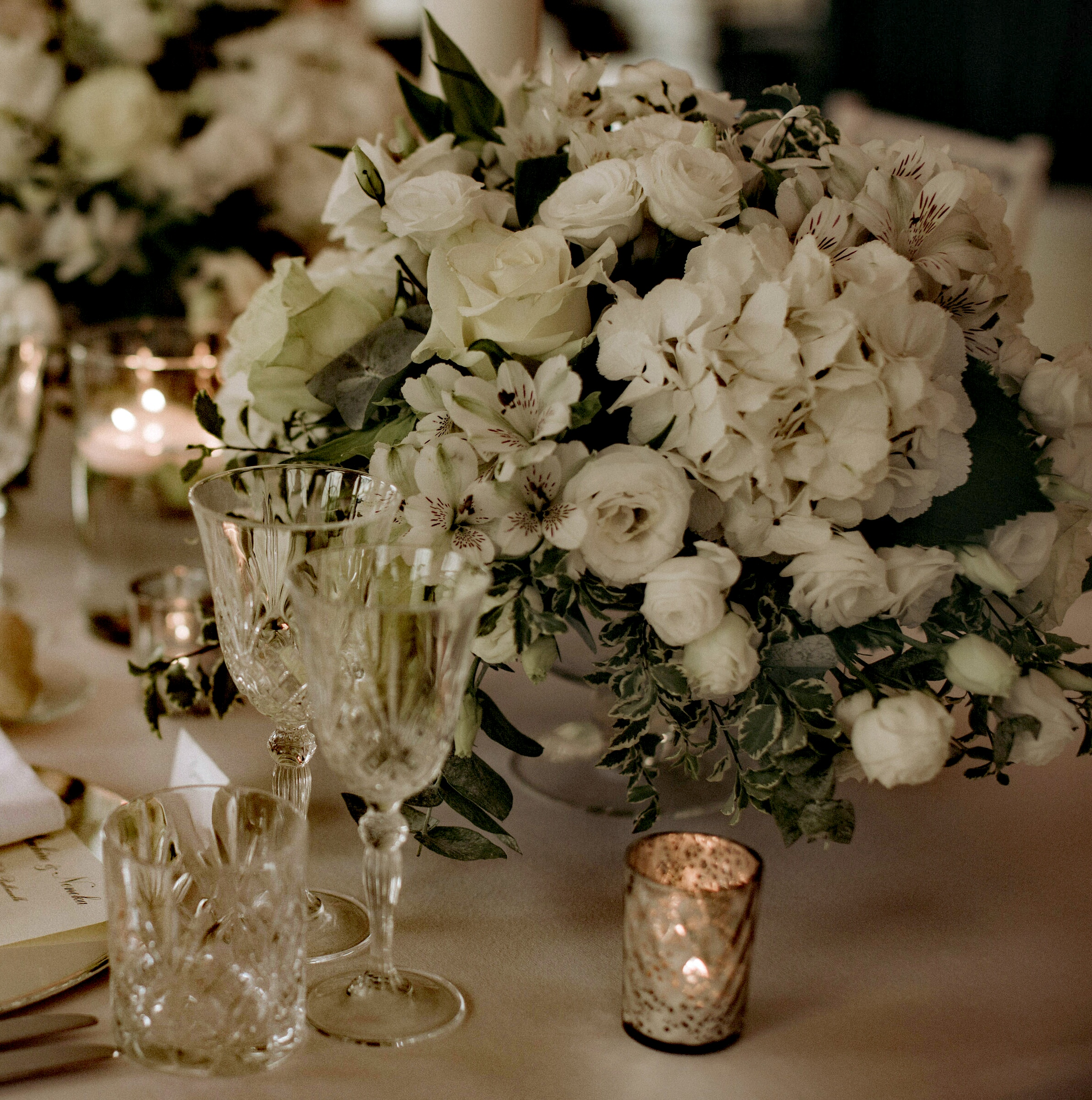 white wedding flowers in lake como