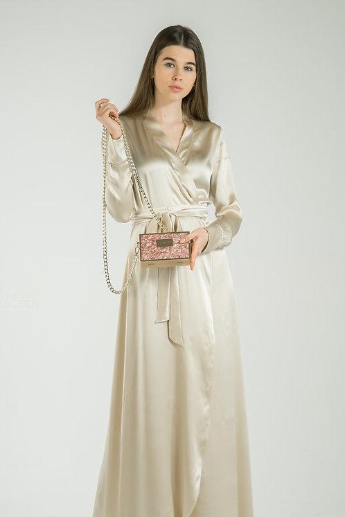 Вечернее платье в пол из шёлка