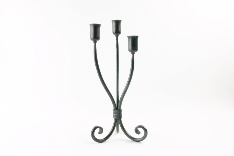 Candle Holder Trio Table
