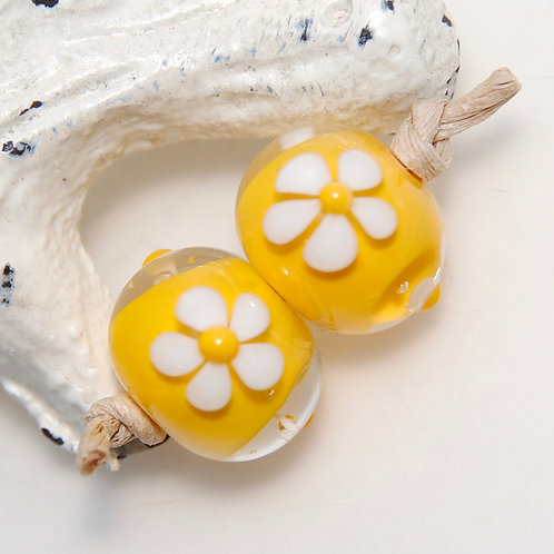 Sunny Yellow with White Daisy Lampwork Glass Bead Pair