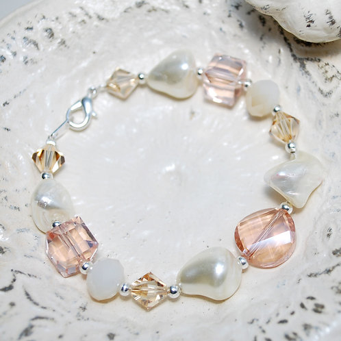 Peach Pastel Pearly Bracelet