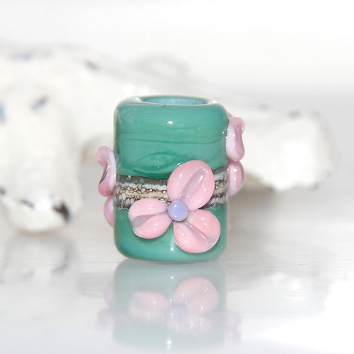 flower dread bead