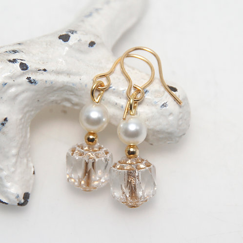 Czech Glass Cathedral Cut with Cream Pearls Earring Pair