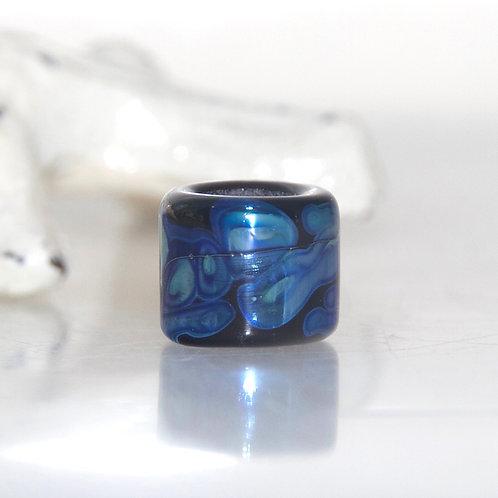 Blue on Black Lustre Dread Bead 7mm Hole