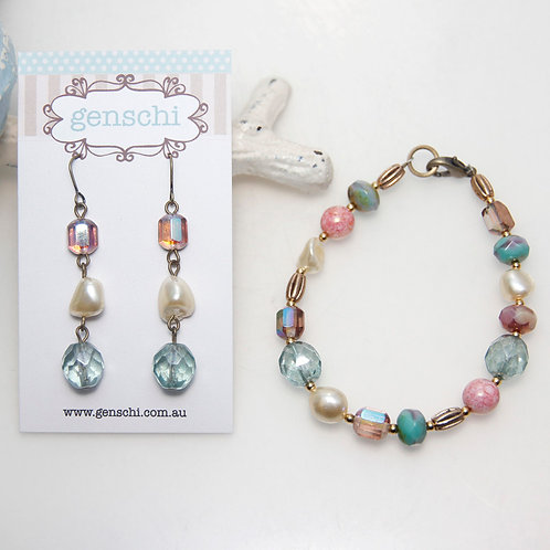 Mixed Czech Glass Beads and Pearls Bracelet and Earring Set